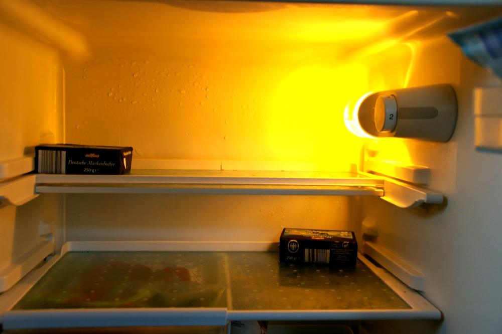 Bosch Kühlschrank Nass : Woher kommen die tropfen in unserem kühlschrank?