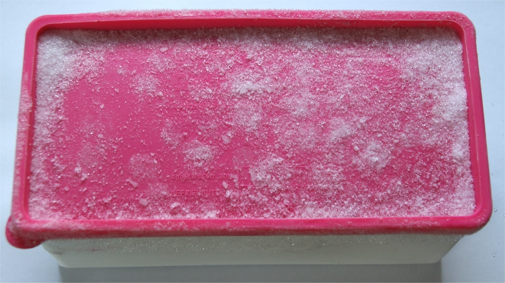 woher kommen die tropfen in unserem kühlschrank? ~ Kühlschrank Eis An Der Rückwand